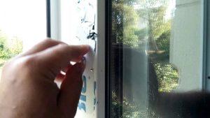 Как удалить пленку с рам. Как помыть фасад и окна
